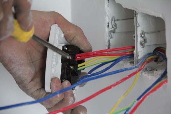 家装电线安装施工