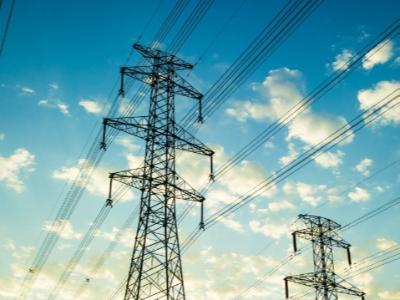 低压电缆三相四线有几根线?