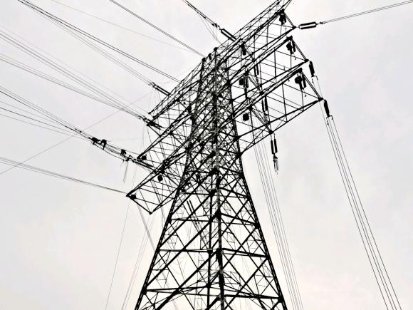 高压电力电缆引流发热原因分析
